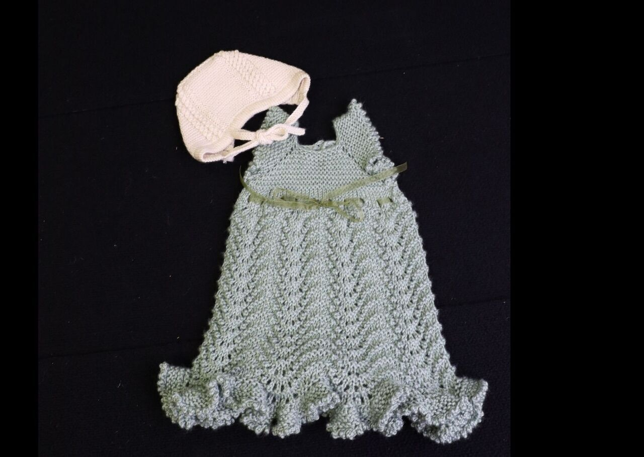 Hand Knitted Green toddler dress and bonnet