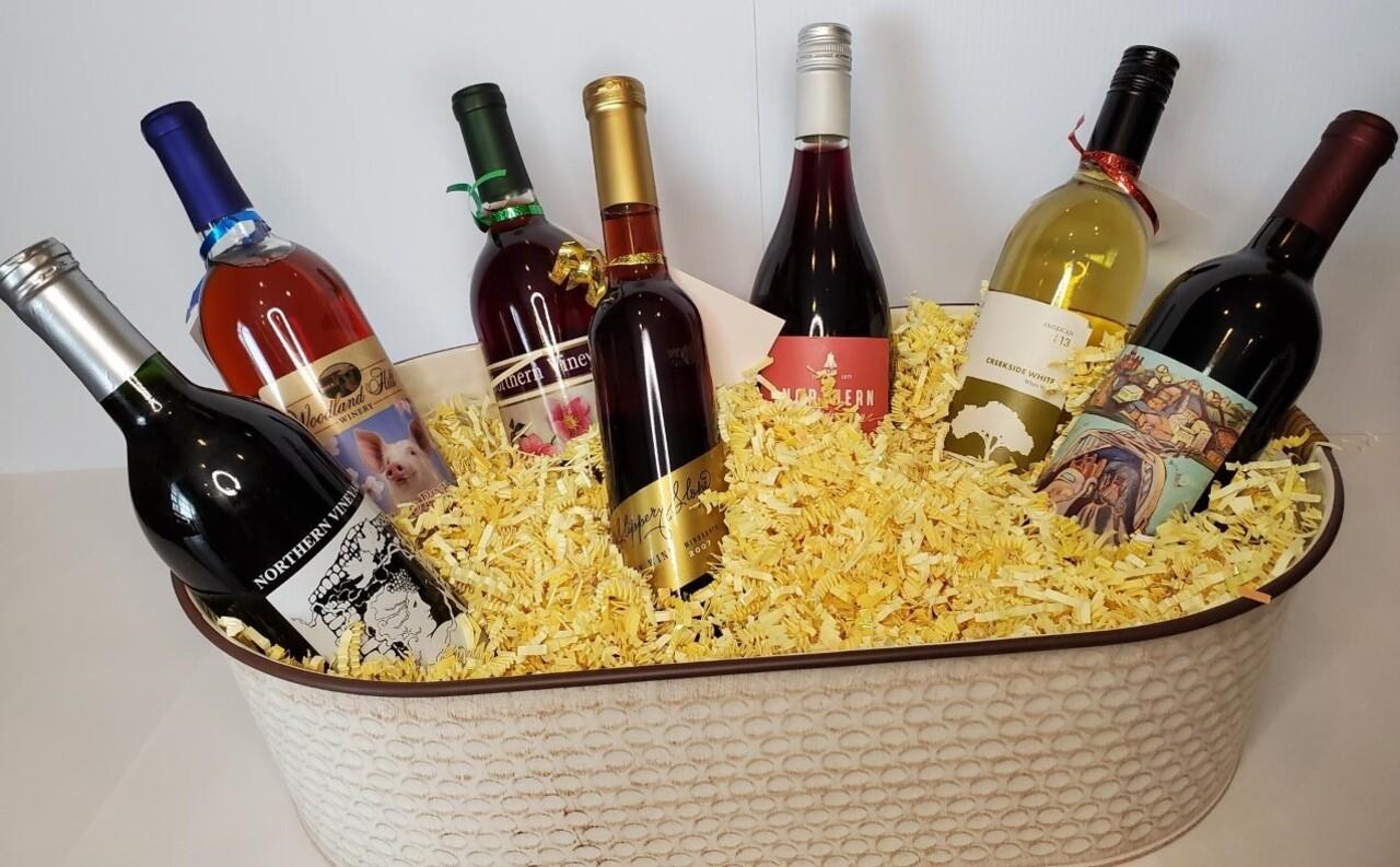 431. Minnesota Wine Basket