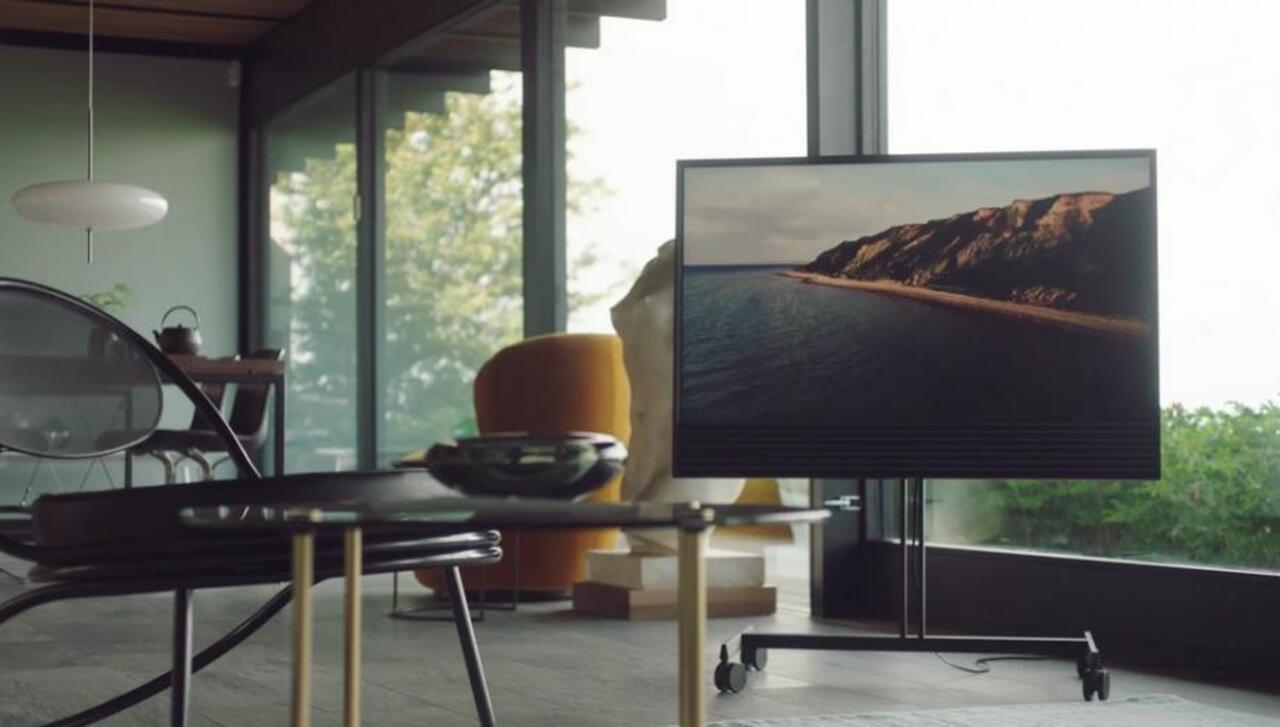 BANG & OLUFSEN BEOVISION HORIZON 4K UHD TV + INSTALLATION PACKAGE