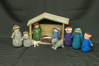 653 - Crocheted Nativity Scene