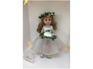 700 - Pearl Bridesmaid, Madam Alexander Collector Doll
