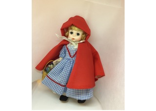 720 - Red Riding Hood, Madame Alexander Collector Doll