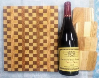 END-GRAIN CHEESE BOARD WITH COASTERS AND WINE