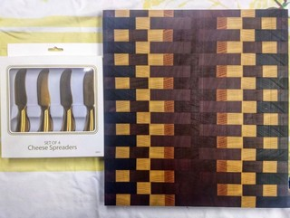 END-GRAIN CHEESE BOARD 3