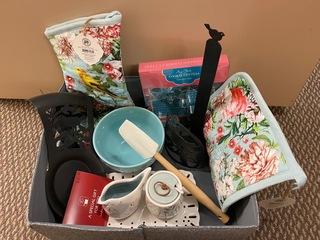 Everything Kitchens Basket