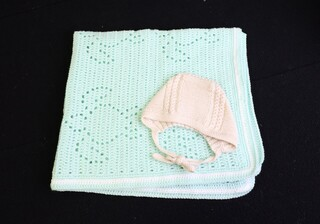 Blanket and Bonnet set