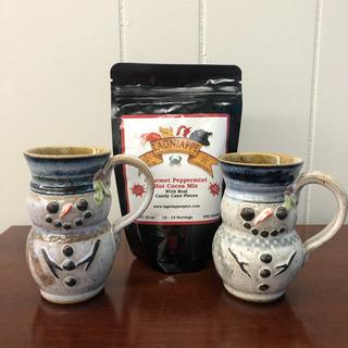 10 - Lagniappe Cocoa with 2 Snowman Mugs