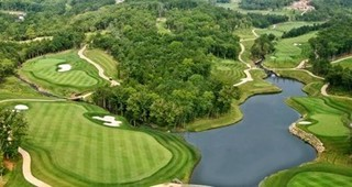 2 Night Stay with Golf at Branson Hilton