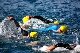 Ottawa Riverkeeper 4K Interprovincial Open Water Swim: Escape to/from Aylmer-...