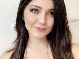 Emilie Flores