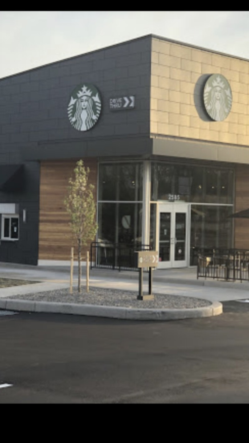 Starbucks 104 and West Ridge Rd