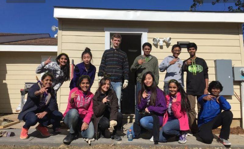 Sophomore Habitat Heroes