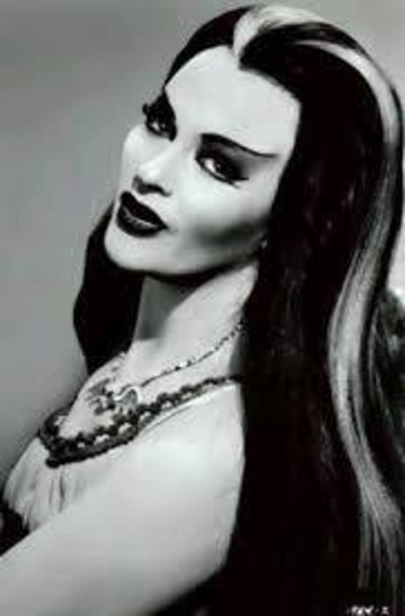 Jodi Schade's Glamorous Ghouls