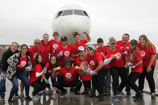 United Way Plane Pullers!