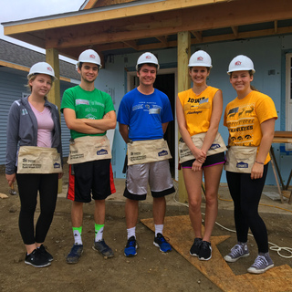 Habitat for Humanity Campus Chapter (U of I)