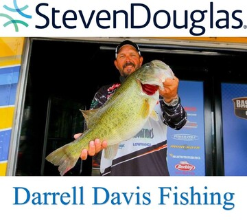 StevenDouglas and Darrell Davis Fishing