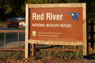 Red river nwr sign web