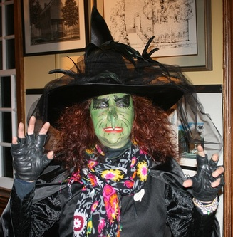 Haunted walking tour witch