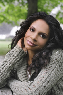 Audra mcdonald 2006 07   photo credit   michael wilson  closeup   3