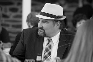 Doug knight bw profile fedora  002