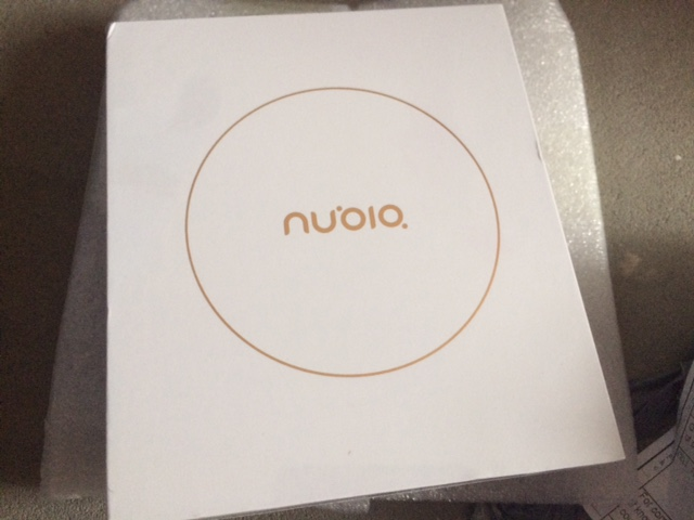 Nubia M2 NX551J 5.5 Inch Smartphone FHD Screen Snapdragon 625 Octa Core A53 2.0GHz 4GB 64GB 13.0MP Dual Rear Camera Touch ID Metal Unibody Global Version - Champagne Gold