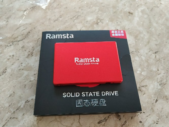 Ramsta S800 1TB SATA3 High Speed SSD 2.5 Inch Solid State Drive Hard Disk Sequential Read 525MB/s - Red
