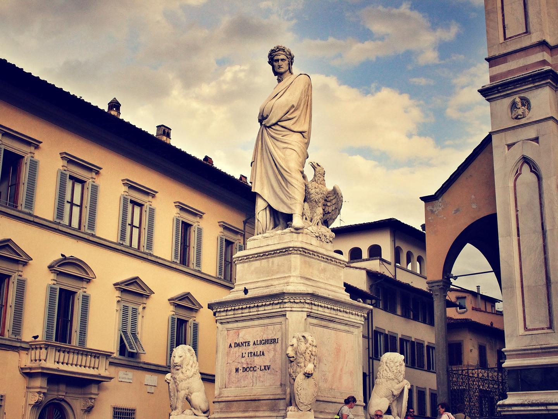 Dante statue in an Italian city