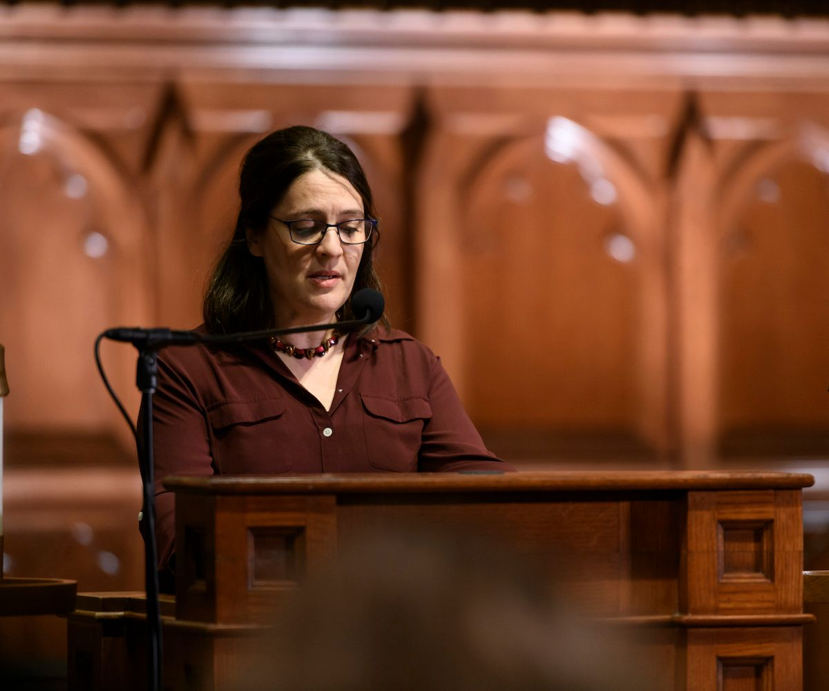 Rabbi Rachel Gartner offers a pray to begin the dialogue