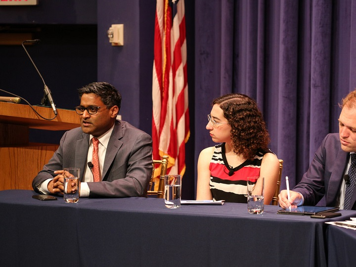 Ramesh Ponnuru comments while Julie Zauzmer looks on