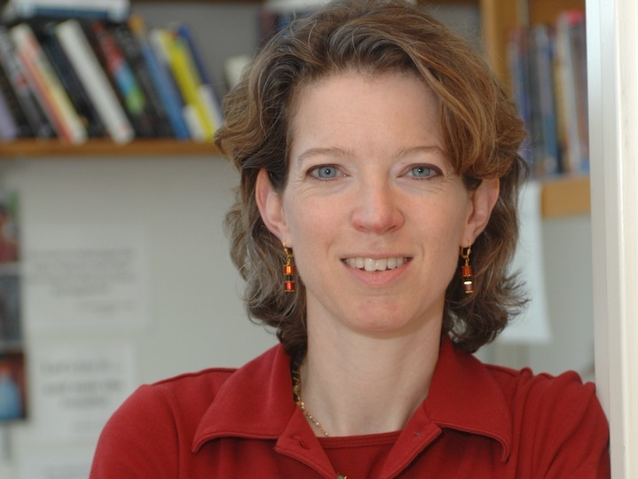 Biology Professor Heidi Elmendorf Gives Rehearsal Lecture for National Teaching Award