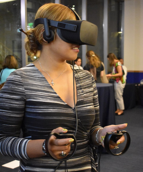 Gelardin New Media Center provided virtual reality equipment