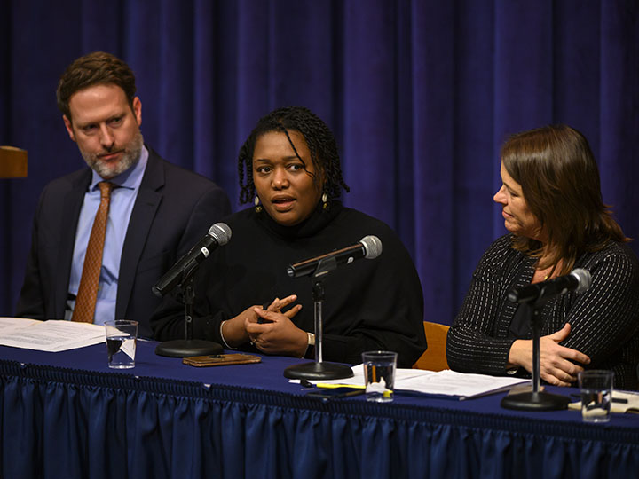 Panelist Gloria Purvis addresses the audience and shares how Catholics must be bridge builders in both faith and political contexts.