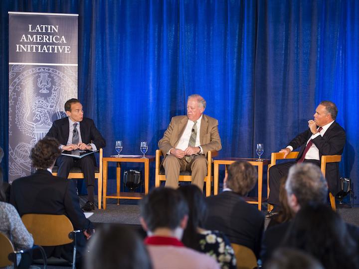 Panel sobre la iniciativa latinoamerica