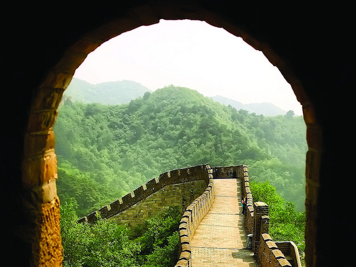Great Wall of China through the view of an archway