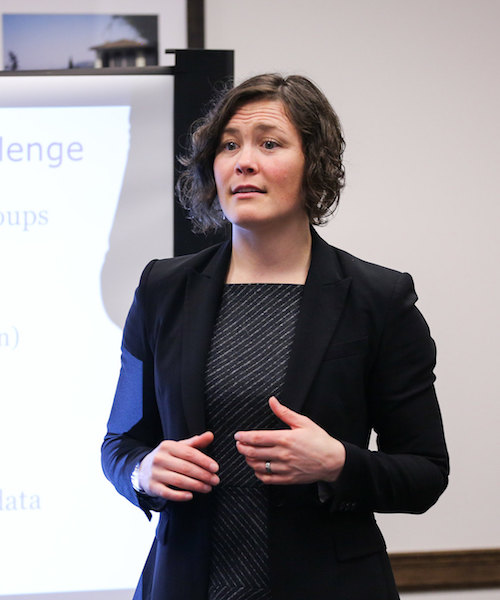 Ellie Graeden presenting at a Global Health Security Seminar