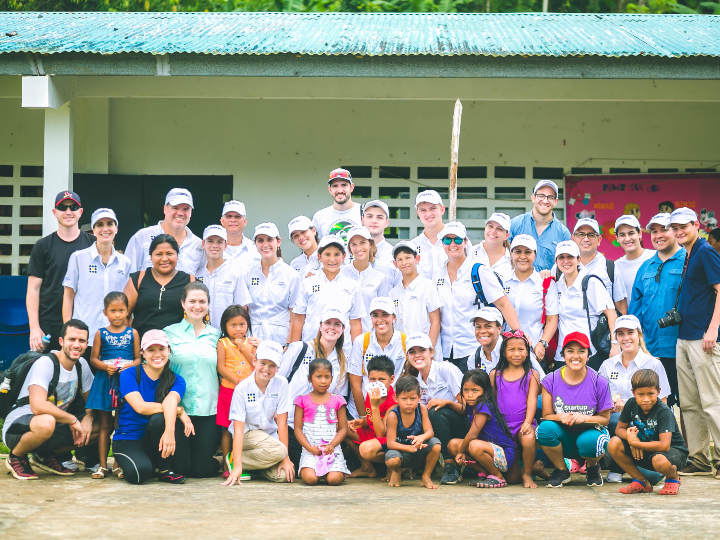 Gabriel Rebollon and representatives of Pura Panama