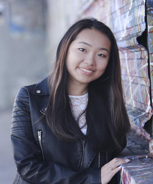 Amy Zhou headshot