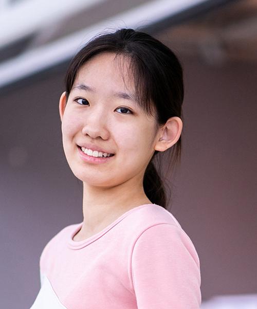 Lingli Tang portrait