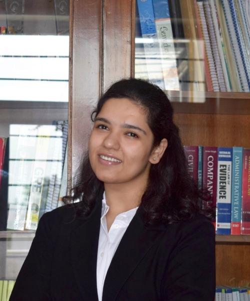 Kanika Kalra headshot