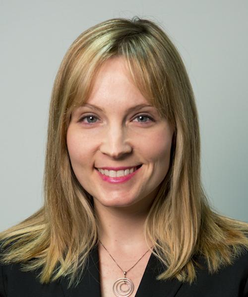 Melanie Hart headshot