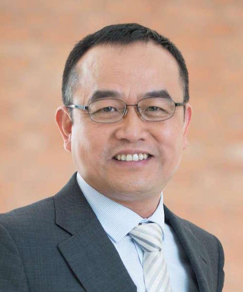 Cheng Feng headshot