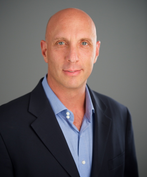 Gregorio Schneider headshot