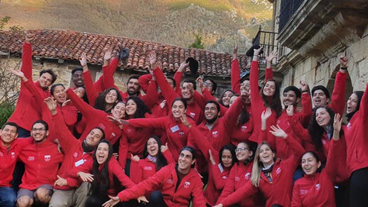 Members of the Fundacion Botin's Program on Strengthening the Public Sector in Latin America workshop posing