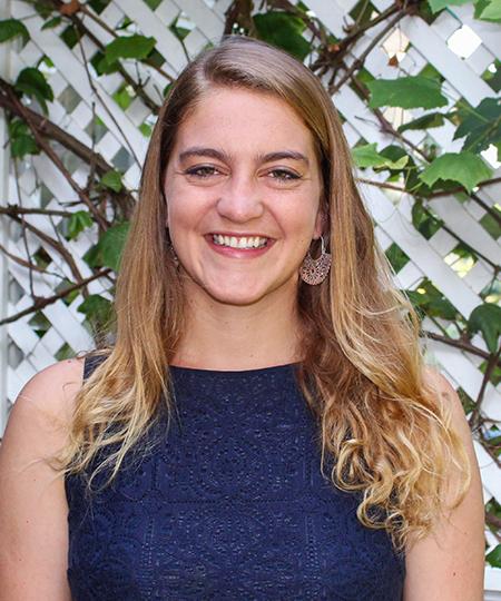 Student Fellow Tessa Bloechl
