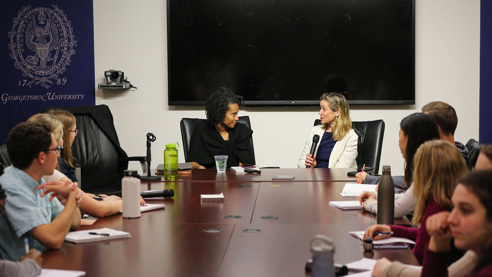 McKean leads a discussion on U.S. investments in global health for a class of Georgetown students, 2019.