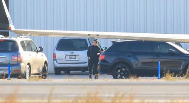 Kylie Jenner despierta rumores de compromiso