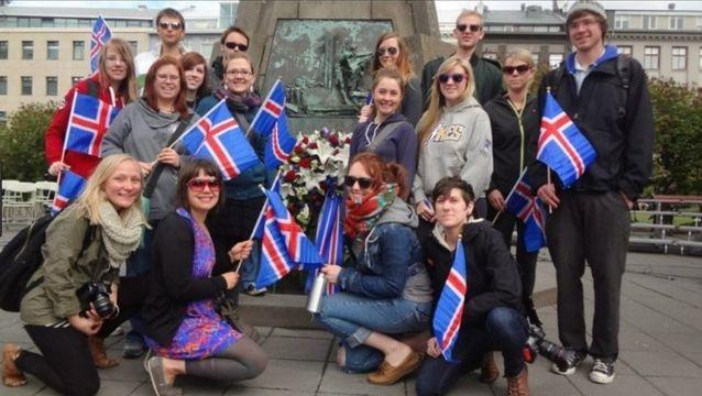 Islandia exige a empresas certificar igualdad salarial