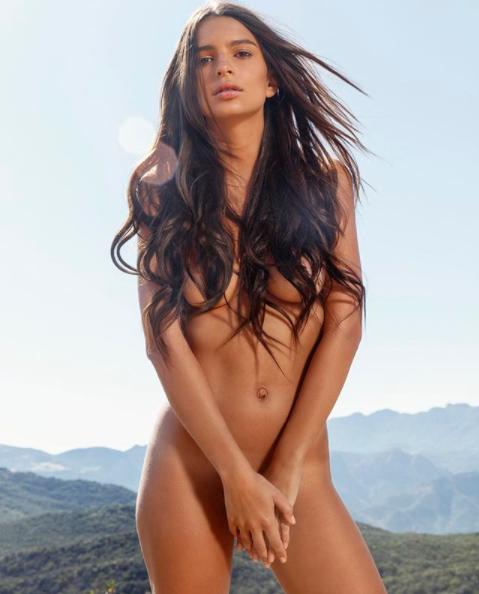 Emily Ratajkowski se desnuda otra vez porque #YOLO