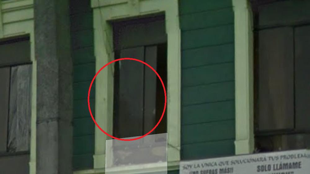 Espiando por la ventana 6 - 2 3