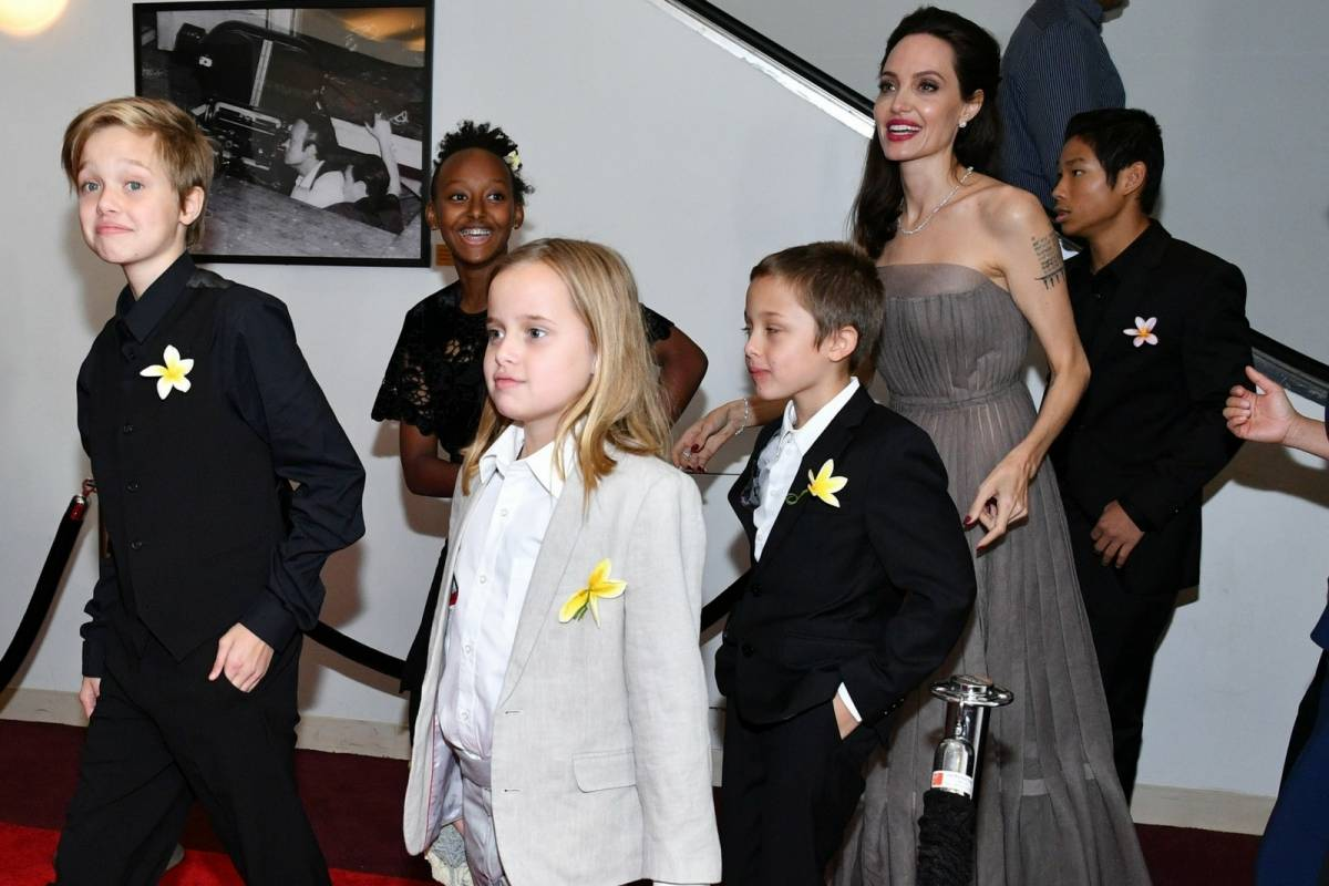 Jennifer Lawrence afirma que no tiene nada que ver con Brad Pitt